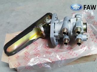 3514010-Q156, FAW TRUCK BRAKE MAIN VALVE WITH PEDAL.